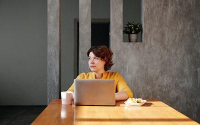 Ontwikkeling van medewerkers stimuleren en ondersteunen: derde e-conferentie strategisch personeelsbeleid